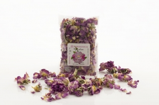dried  rose blossom 10 g in a small bag